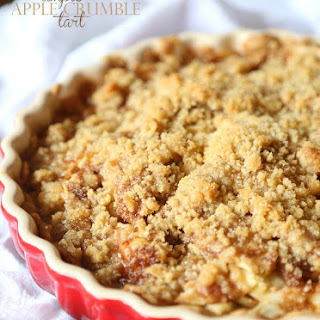 Simple Apple Crumble Tart
