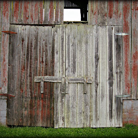 Barn Doors by Larry Landry - Buildings & Architecture Other Exteriors ( barn doors, farms, pigeon forge, country living, barns )