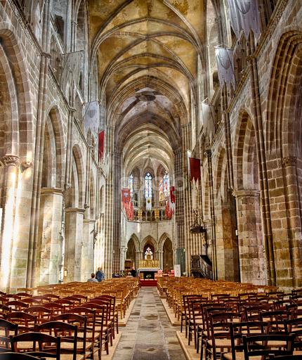 Кафедральный собор Сен-Тюгдюаль Tréguier (Трегье), Бретань, Франция