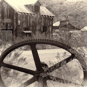 Nelson Gear Wheel by Jerry Gulosh - Black & White Objects & Still Life