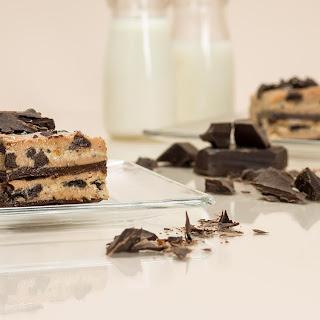 Cookies & Cream Chocolate Layer Cake