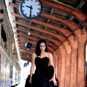 *Waiting* by Re Rahnavarda - People Portraits of Women