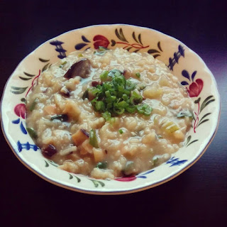 Chinese Mushroom Chicken Rice Soup 香菇雞蓉粥
