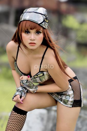 chick sexy Army