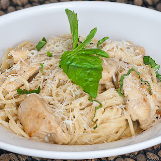 Easy Creamy Chicken Alfredo