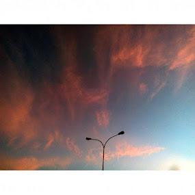 Lukisan langit pagi by Christian Nugroho - Instagram & Mobile Android ( landscape, skylight, morning )