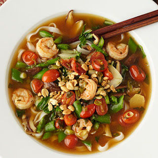 Sriracha Shrimp and Noodle Soup
