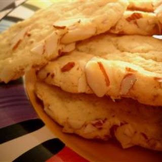 Crispy Almond Cookies