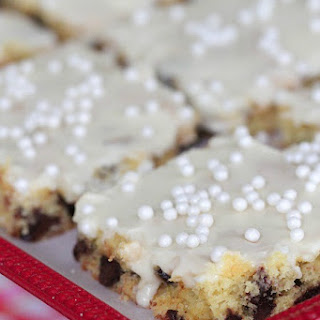 Banana Chocolate Chip Sheet Cake with Sweet Maple Icing.