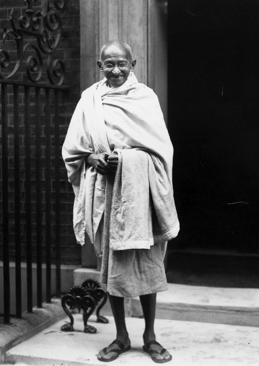 Gandhi At No 10 - Central Press — Google Arts & Culture