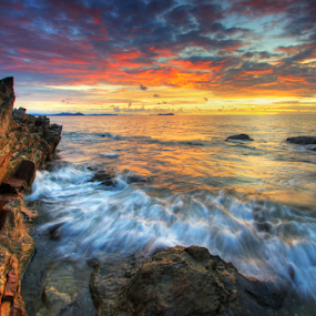 Final Sunset of 2014 by Andrew Micheal - Landscapes Sunsets & Sunrises ( waterscape, sunset, beautiful, seascape, sunrise, landscape )