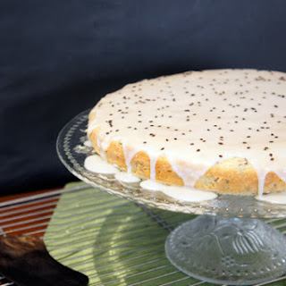 Quick and yummy – Lime and black sesame cream cake