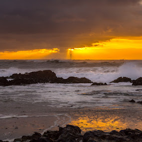 Energy by Ricardo  Guimaraes - Landscapes Waterscapes ( wind, warm, waterscape, bright, waves, beach, solar, quiet, color, sunset, landscapes, portugal, energy, , #GARYFONGDRAMATICLIGHT, #WTFBOBDAVIS )