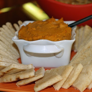 Sun-Dried Tomato Pesto Hummus