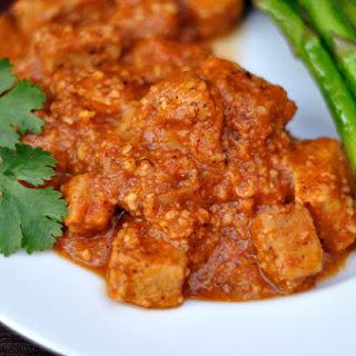 Pork With Almond Sauce (Cabezada con Salsa de Almendras)