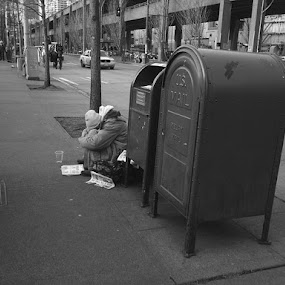 Seattle by Ursula Dickerson - People Street & Candids ( black and white, street, candid, people )