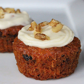 Vegan Carrot Cake Cupcakes With Cream Cheese Frosting