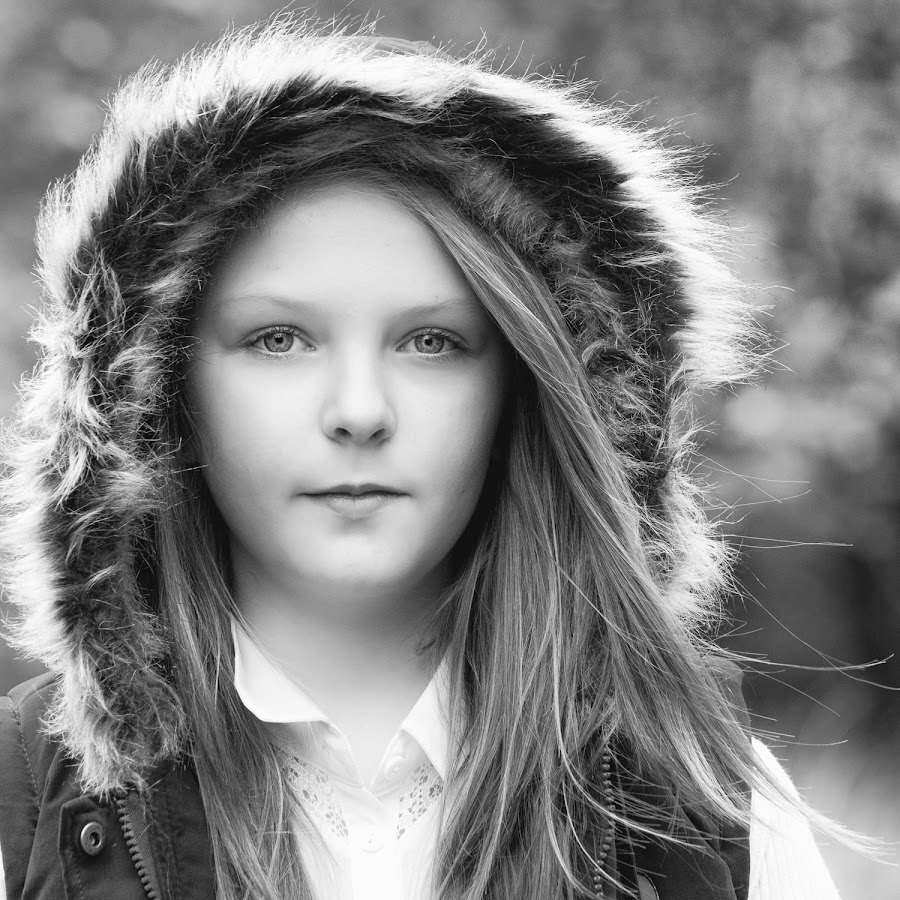 Autumn Sessions by Dominic Lemoine Photography - Black & White Portraits & People
