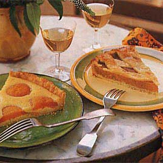 Apricot Tart with Honey and Almonds.