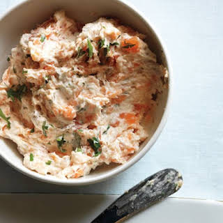 Smoked Salmon Dip with Bagel Chips.