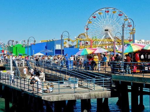 Santa-Monica-Pier - Summer action on the Santa Monica Pier in Southern California.