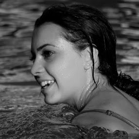 Newsha'sSmile by Felix M - Black & White Portraits & People ( water, girl, pool, gorgeous, beautiful, smile, profile,  )