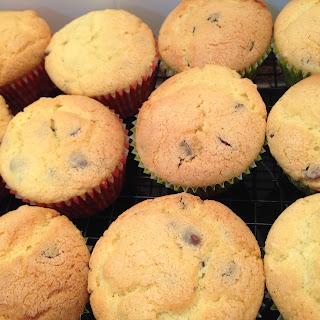 Vanilla Cupcakes (Gluten & Dairy Free).