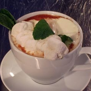 Peppermint Hot Chocolate and Marshmallows Recipe