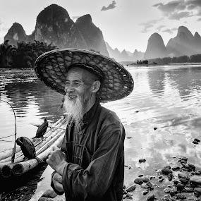 by Shalabh Sharma - Black & White Portraits & People ( yangshuo, li river, fisherman, guilin, guangxi, china )