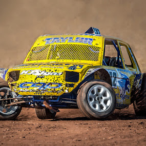 Through the Dust by Vin Scothern - Sports & Fitness Motorsports