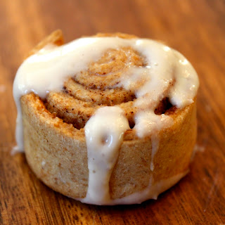 Cream Cheese Frosting For Cinnamon Rolls Without Powdered Sugar Recipes.