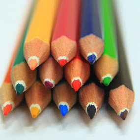 draw pencils by José M G Pereira - Artistic Objects Other Objects ( pencil, colors, object, close up, drawing, pencils,  )