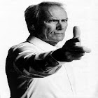 Clint Eastwood Frases icon
