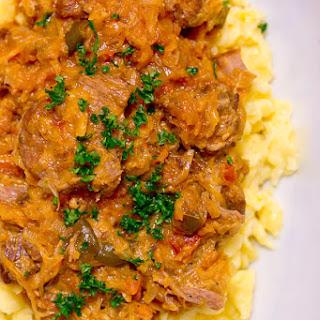 Segedínský Guláš (Pork & Sauerkraut Goulash)