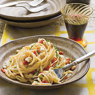 Linguine With Sun-Dried Tomatoes.
