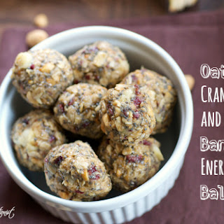 Oatmeal, Cranberry & Banana Energy Balls