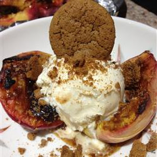 Grilled Peaches with Gingersnaps