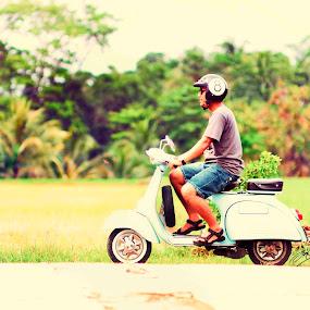 Old but Never Expired by Danang Kusumawardana - Transportation Other ( vespainlove, vintage, vespa, vespaindonesia, scooterline, scooter,  )