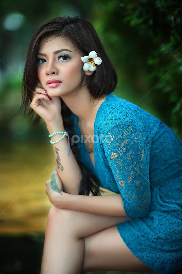 Indri .... by Sahid Djatmika - People Portraits of Women