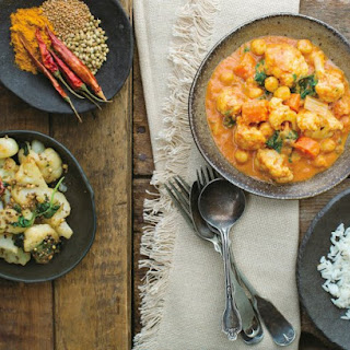 Cauliflower, Chickpea And Spinach Curry.