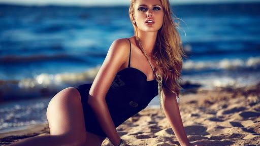 Beauty Models Wallpaper HD