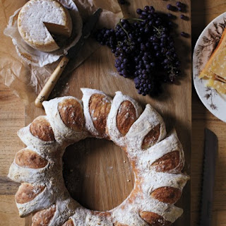 Bread Wreath.
