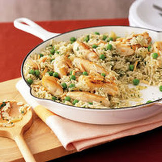 Green Rice with Chicken, Peas and Almonds