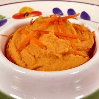 Shiny Happy Carrot Hummus