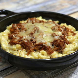 Macaroni and Cheese with Pulled Pork