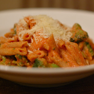 Tomato Ricotta Pasta with Broccoli