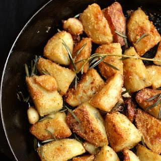 Polenta-Crusted Potatoes with Rosemary & Garlic