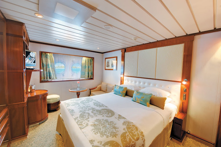 Stretch out, then take in the view: The Window Stateroom (Category F) on the Paul Gauguin.