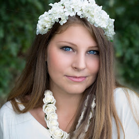 Spring White by Cosmin Lita - People Portraits of Women ( girl, green, blue eyes, spring, pretty,  )