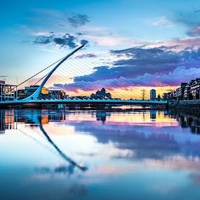 Samuel Beckett Bridge by Vaidotas Maneikis - Buildings & Architecture Bridges & Suspended Structures ( ireland, sunset, dublin, bridge, samuelbeckettbridge,  )